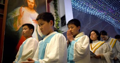 Chierichetti cattolici cinesi