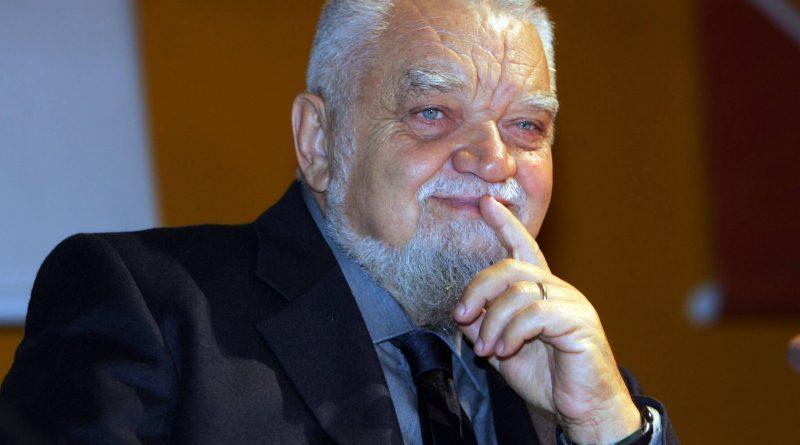 Enzo Bianchi accetta la decisione del papa