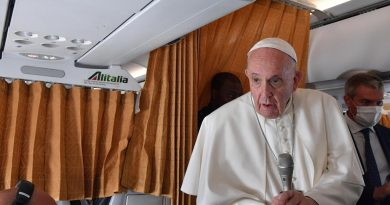 """Se Bergoglio dice che ci sono cardinali """"negazionisti"""""""
